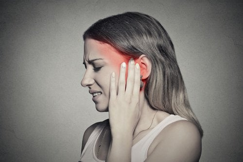 ból w uszach