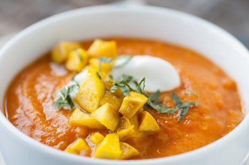 kurkuma zupa