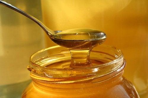 Naturalny miód pszczeli