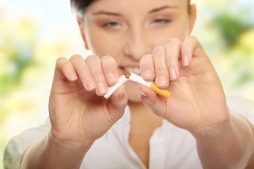 Rzucanie palenia papierosów