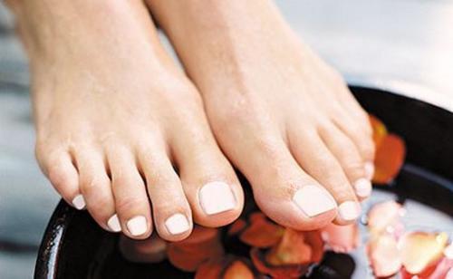 Piękne stopy - zwalcz infekcje paznokci