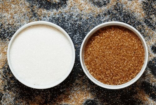 Cukier brązowy i biały