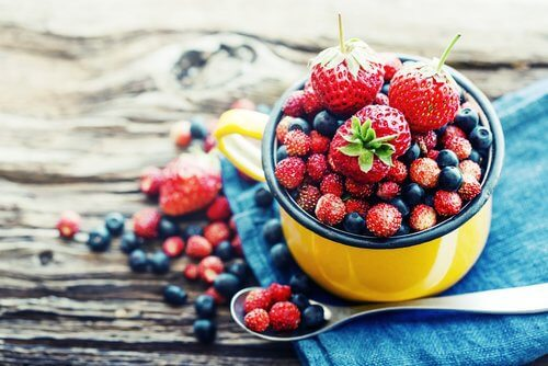 Produkty odmładzające: owoce jagodowe