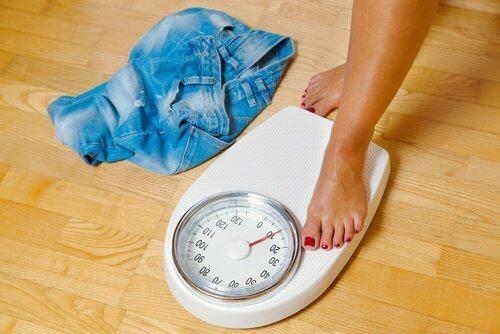 wchodzenie na wagę