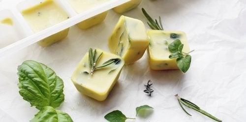 Mrożenie ziół w oliwie