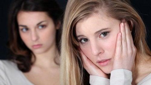 dwie kobiety w toksycznej relacji