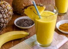 Koktajl z banana i kurkumy