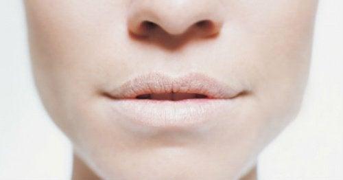odwodnienie suche usta