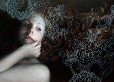 Smutna kobieta - zranione osoby