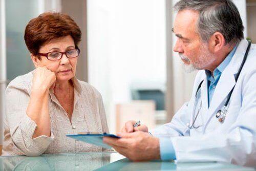 wizyta u lekarza z powodu zapalenia stawów