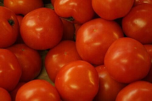 Pomidory są jednym ze środków moczopędnych
