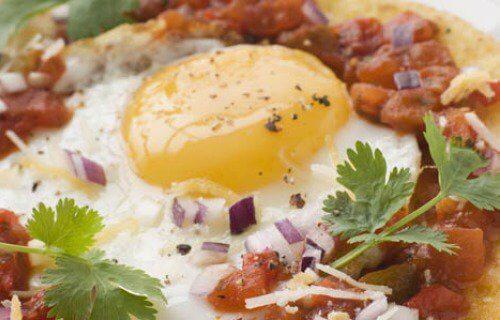Sadzone jajko z warzywami