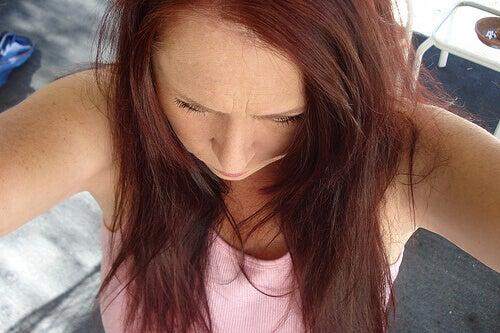 maseczki domowej roboty na suchość włosów