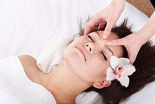 masaż twarzy na starczowzroczność