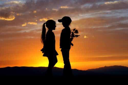Pierwsza miłość - 8 powodów dlaczego nigdy jej nie zapominamy