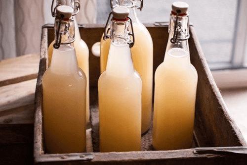 Domowej roboty piwo imbirowe