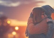 Chłopak i dziewczyna - przytulenie