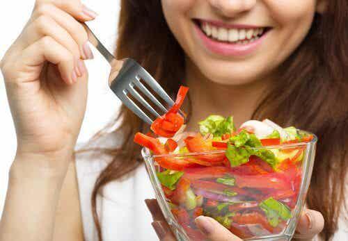 Sałatki, które pomogą Ci schudnąć i zapewnią uczucie sytości