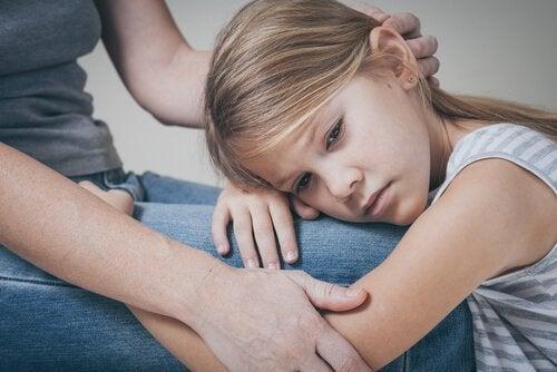 Surowi rodzice – 5 błędów, które często popełniają