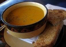 spalanie tłuszczu zupa marchewkowa