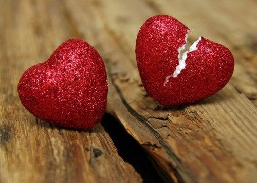 Zdrada, niewierność – 4 kroki, by się z tym pogodzić