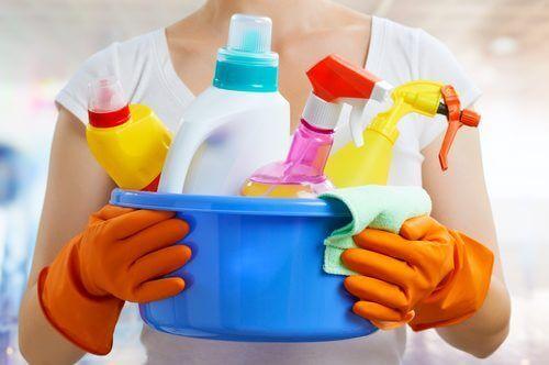 środki chemiczne sprzątanie domu