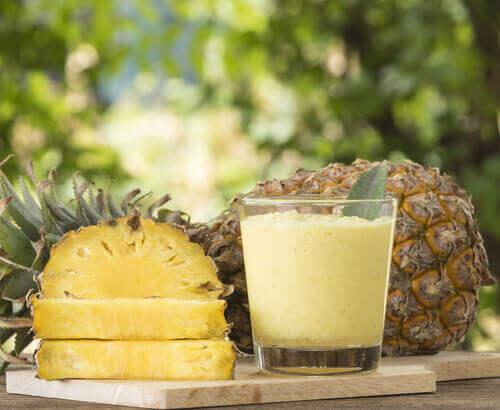 ananas i sok