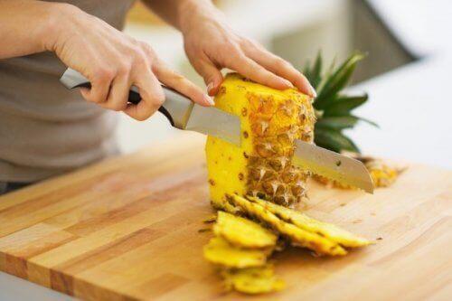 ananas krojenie