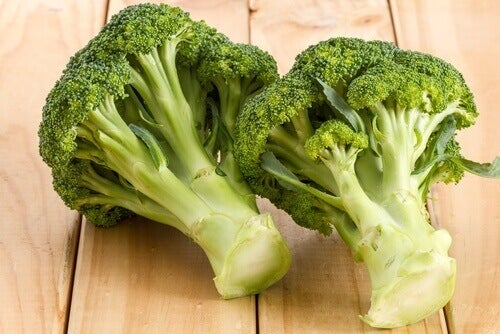 dwa brokuły
