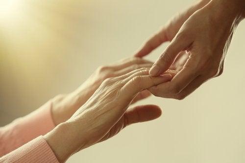 4 dłonie