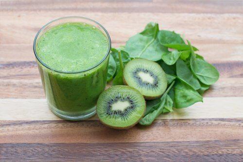 Zielony napój na zaparcia