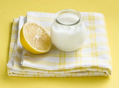 Cytryna i jogurt