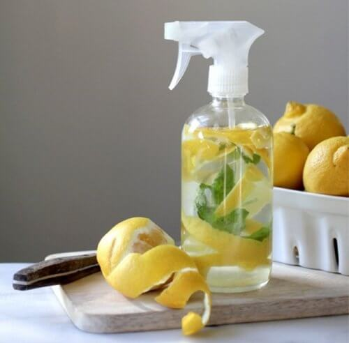 Cytrynowy detergent