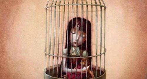 Dziewczynka w klatce i jej pustka emocjonalna