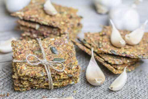Krakersy z nasion bez glutenu i laktozy - przepis
