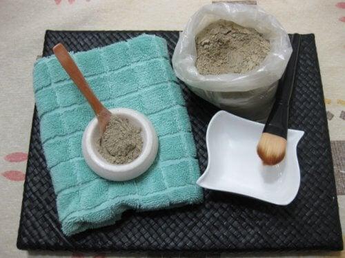 Przygotowanie maseczki na twarz