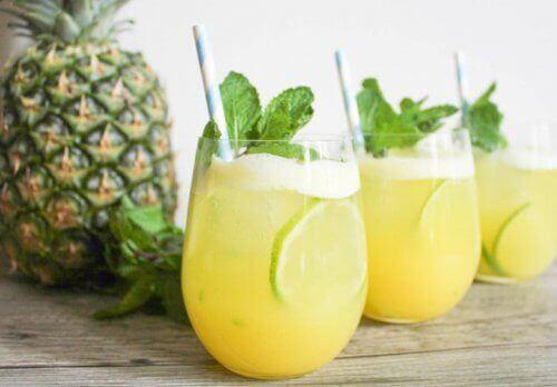 Napój ananasowy - Poznaj przepis i 6 korzyści dla Twojego zdrowia