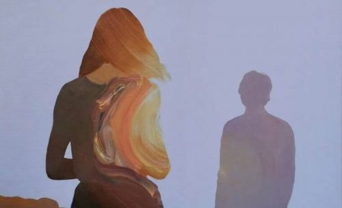 Kobieta i cień mężczyzny