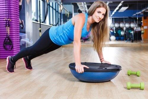 pompki na siłowni