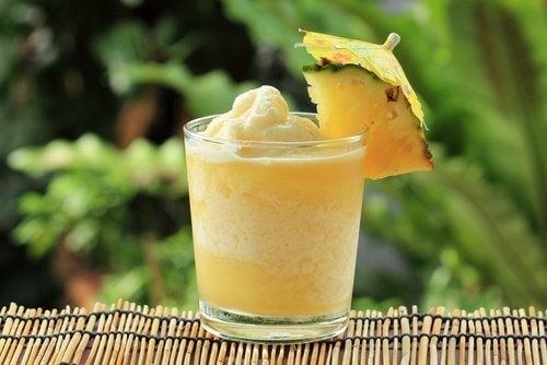 smoothie ananasowe