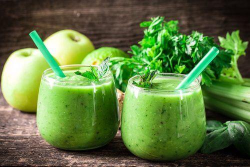 Detoks w miesiąc: cytryna, seler naciowy, zielone jabłko