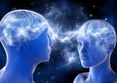 Dwie osoby: mózg ludzki