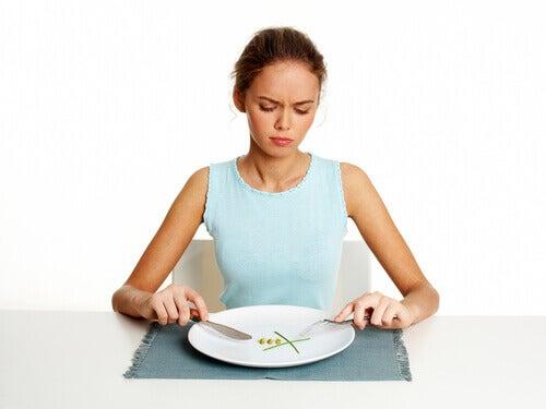 Kobieta na restrykcyjnej diecie