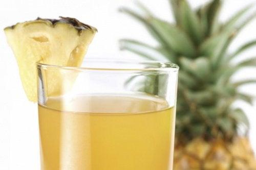 Napar z ananasa
