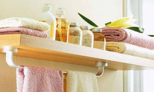 Przedmioty, których nie należy przechowywać w łazience – 8 przykładów