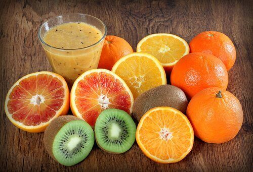 owoce bogate w witaminę C