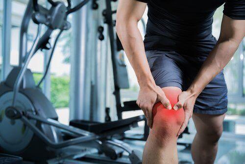 Ból kolana po treningu