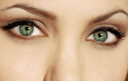 kobieta zielone oczy