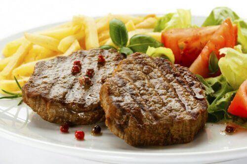 Mięso z frytkami