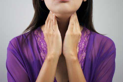 Niedoczynność tarczycy - 8 oznak, że na nią cierpisz